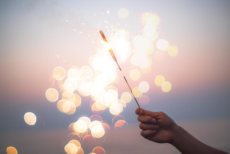 な 方 撮り 綺麗 花火